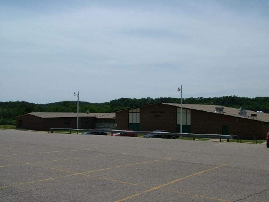 Wonewoc-Center School 3
